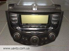 CD чейнджер на 6 дисков. Управление климатом. Honda Accord Exec