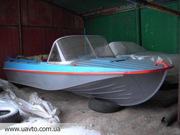 куплю лодку южанку бу недорого
