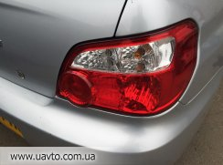 Фонарь Япония Subaru Impreza 03-05