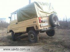 ЛуАЗ 696