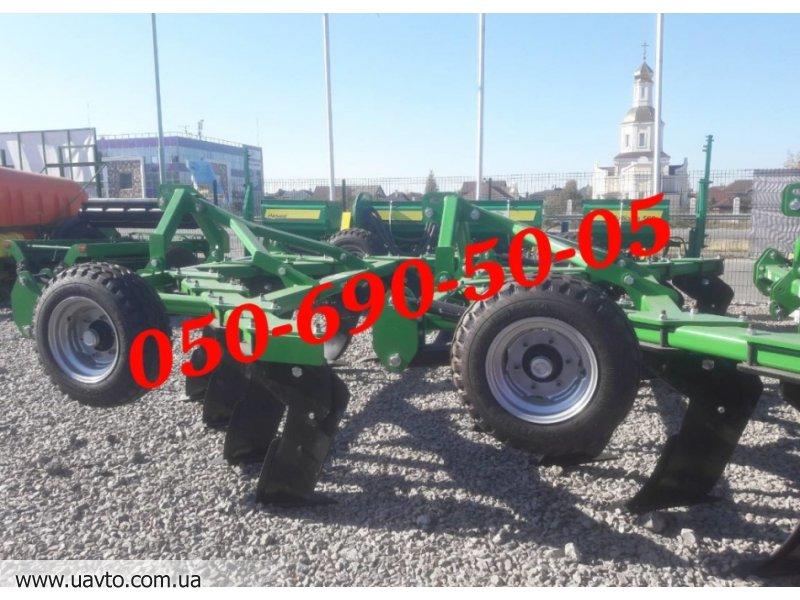 Трактор В наличии глубокорыхлитель ГР-10 производства AGROLAND. Доставка