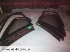 Стекло глухое  Subaru Legacy 03-09
