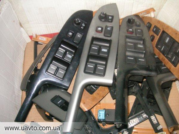 Кнопки стеклоподъёмник  на Honda Accord CL7/9