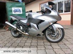 Мотоцикл Kawasaki ZZR