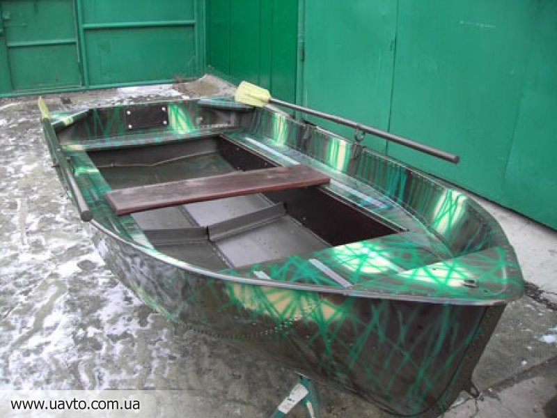 купить моторную лодку в черкассах б у
