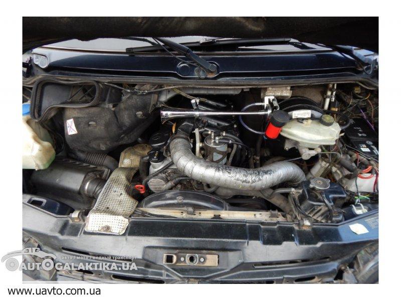 Mercedes 211D