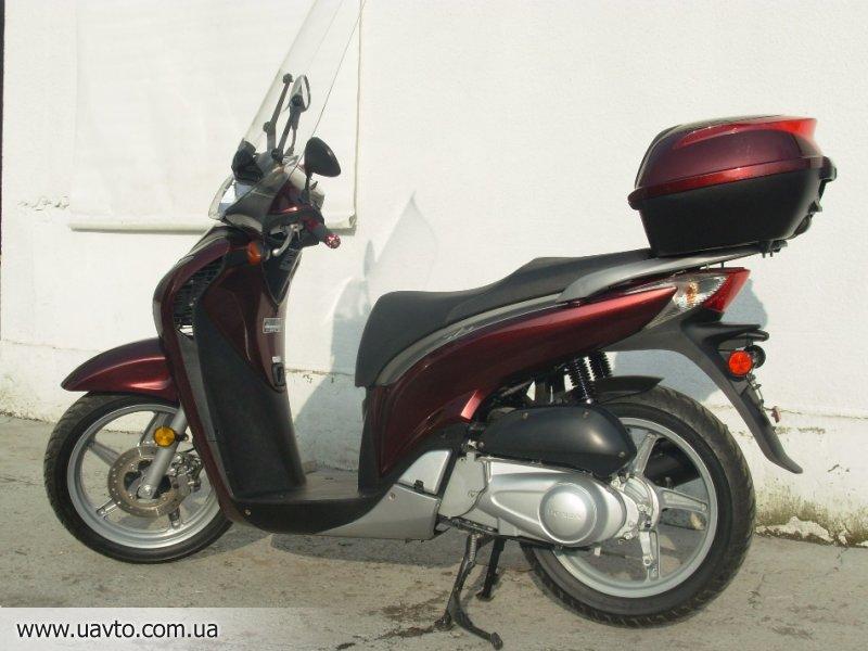 Скутер Honda  SH