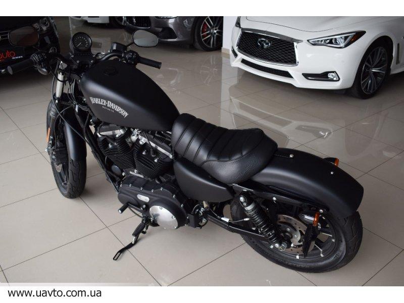 Мотоцикл  Harley-Davidson  883