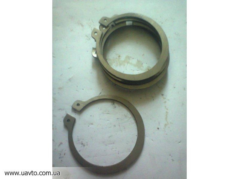 236-1701063 кольцо  стопорное КПП ямз